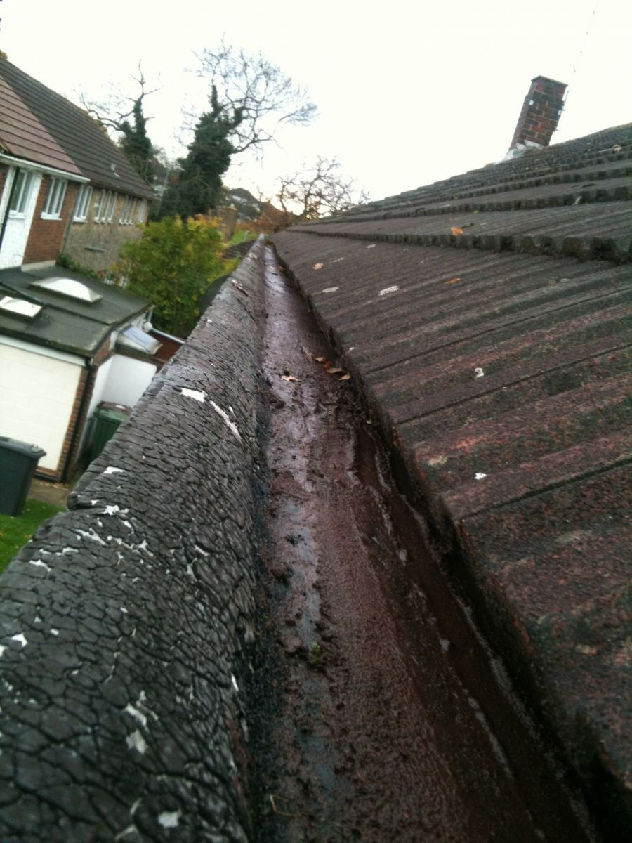 After using the gutter vacuum system